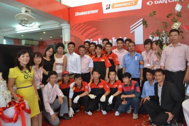 B-Select Dân Chủ cùngBridgestone Việt Nam